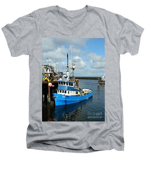 Santa Maria Offload Men's V-Neck T-Shirt