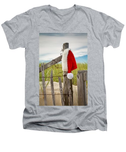 Santa's Downtime Men's V-Neck T-Shirt