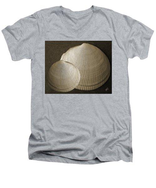 Seashells Spectacular No 8 Men's V-Neck T-Shirt