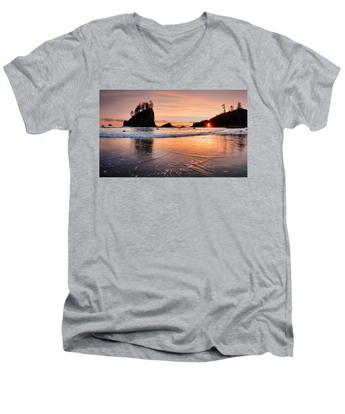 Second Beach Sunset Men's V-Neck T-Shirt