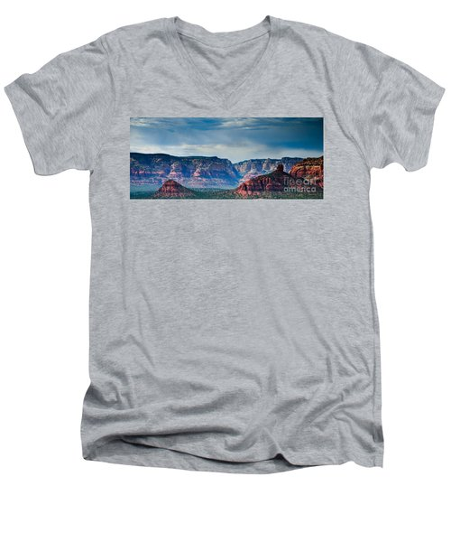 Sedona Arizona Panorama Men's V-Neck T-Shirt