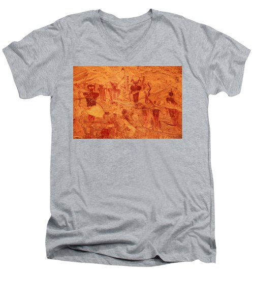Sego Canyon Rock Art Men's V-Neck T-Shirt