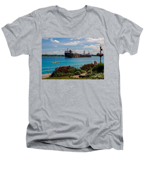 Ship And Kayaks Men's V-Neck T-Shirt