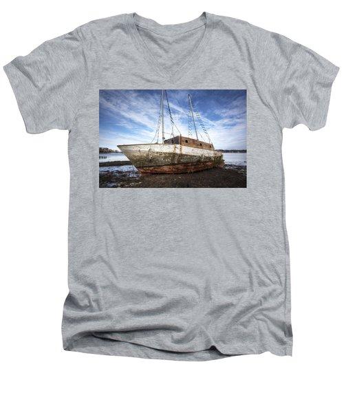 Shipwreck Men's V-Neck T-Shirt