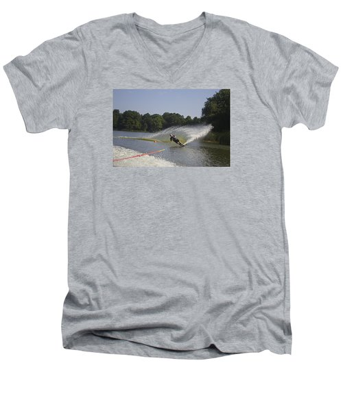 Slalom Waterskiing Men's V-Neck T-Shirt