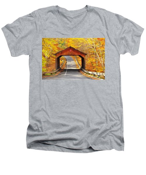 Sleeping Bear National Lakeshore Covered Bridge Men's V-Neck T-Shirt