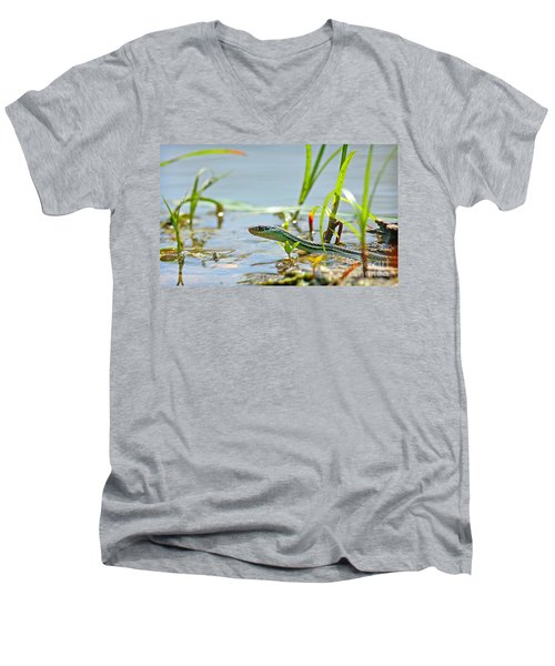 Slither Men's V-Neck T-Shirt