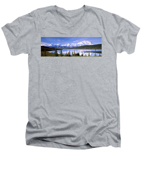 Snow Covered Mountains, Mountain Range Men's V-Neck T-Shirt