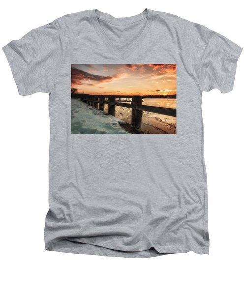 Snowy Sunset In Northport New York Men's V-Neck T-Shirt