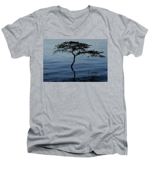 Solitaire Tree Men's V-Neck T-Shirt