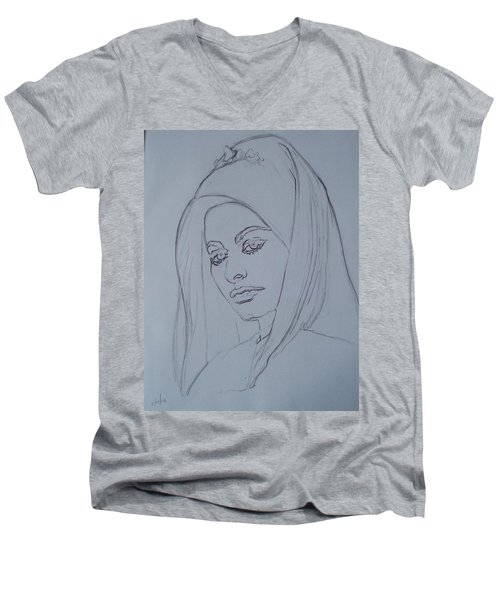 Sophia Loren In Headdress Men's V-Neck T-Shirt