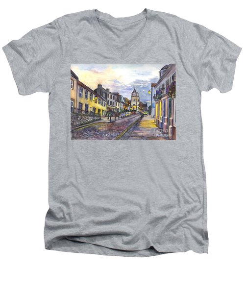 Nightfall At South Queensferry Edinburgh Scotland At Dusk Men's V-Neck T-Shirt