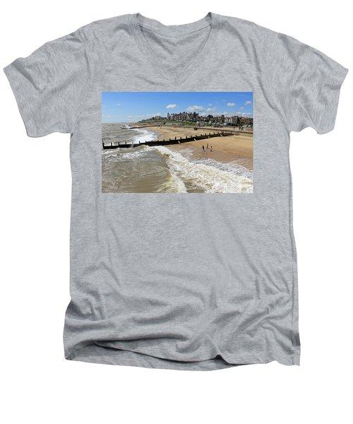 Southwold Beach Men's V-Neck T-Shirt