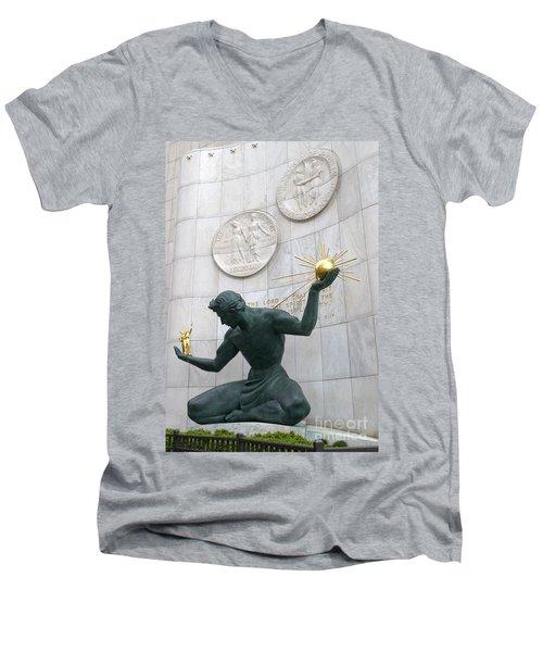 Spirit Of Detroit Monument Men's V-Neck T-Shirt