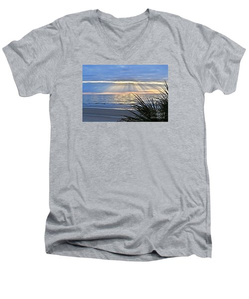 Light Of The Way Men's V-Neck T-Shirt