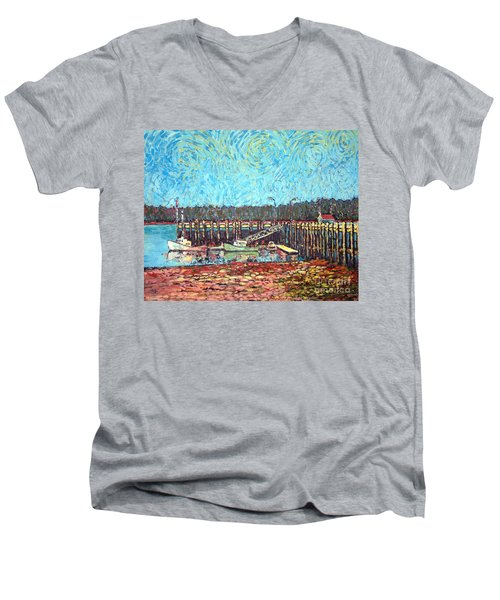 St Andrews Wharf Men's V-Neck T-Shirt