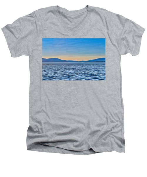 St. Lawrence Seaway Men's V-Neck T-Shirt