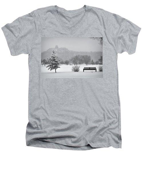 Sugarloaf Snowstorm Men's V-Neck T-Shirt