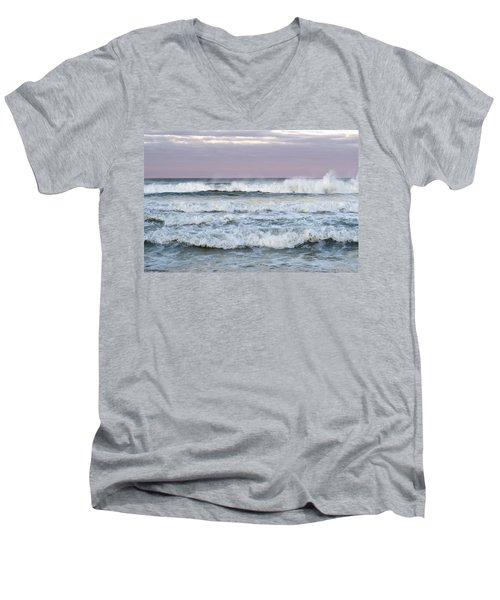 Summer Waves Seaside New Jersey Men's V-Neck T-Shirt