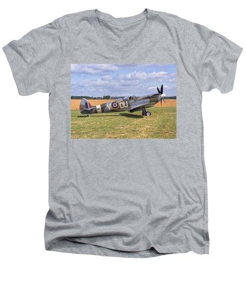 Supermarine Spitfire T9 Men's V-Neck T-Shirt