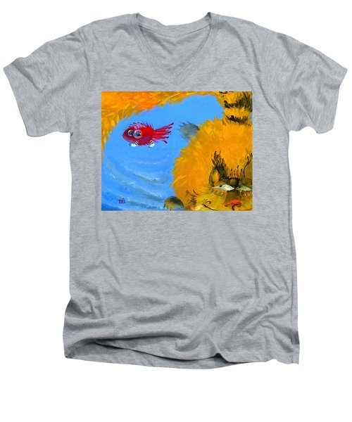 Swimming Of A Yellow Cat Men's V-Neck T-Shirt