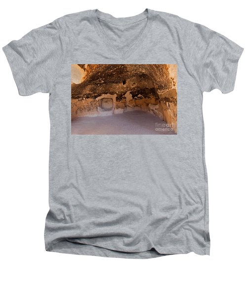 Talus Housefront Room Bandelier National Monument Men's V-Neck T-Shirt