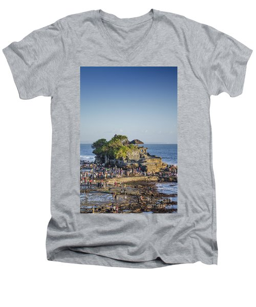Tanah Lot Temple In Bali Indonesia Coast Men's V-Neck T-Shirt