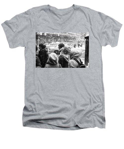 Tasteofsnow Men's V-Neck T-Shirt