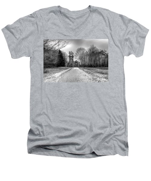 Testimonial Gateway Tower Men's V-Neck T-Shirt