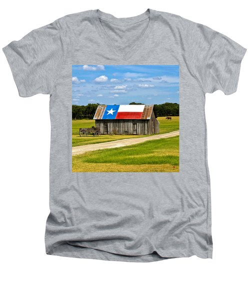 Texas Barn Flag Men's V-Neck T-Shirt