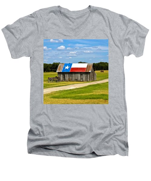 Texas Barn Flag Men's V-Neck T-Shirt