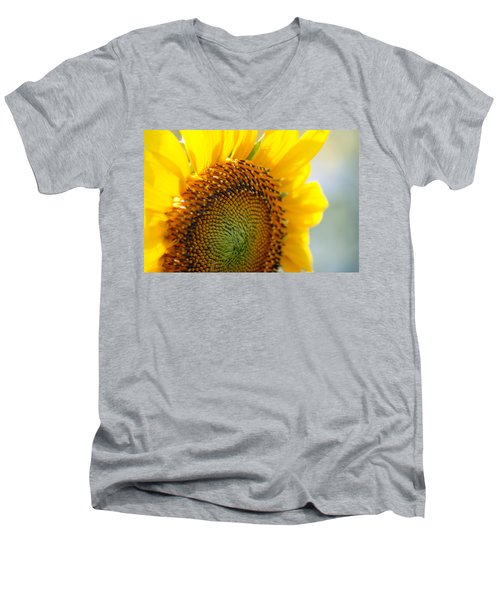 Texas Sunflower Men's V-Neck T-Shirt