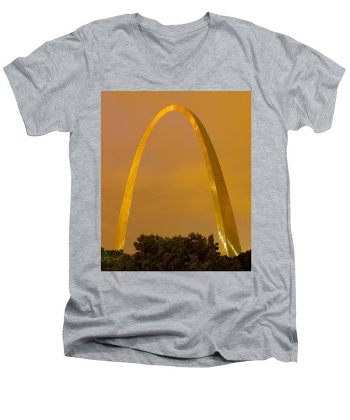 The Arch In The Glow Of St Louis City Lights At Night Men's V-Neck T-Shirt