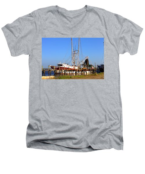 Men's V-Neck T-Shirt featuring the photograph The Captain Hw by Gordon Elwell