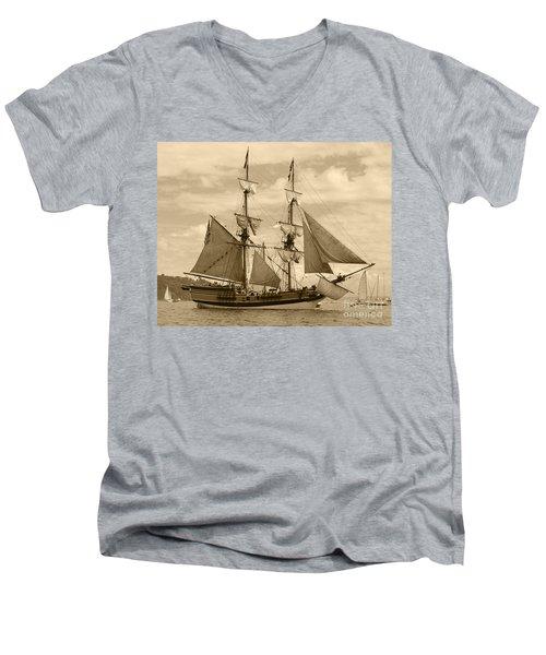 The Lady Washington Ship Men's V-Neck T-Shirt