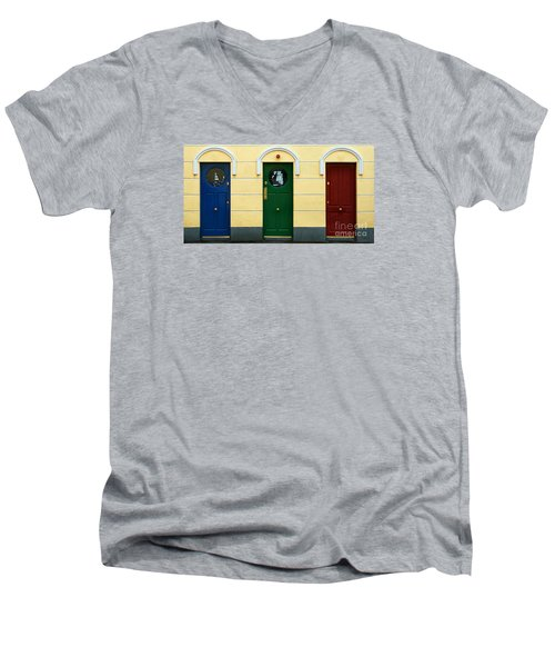Three Doors Men's V-Neck T-Shirt