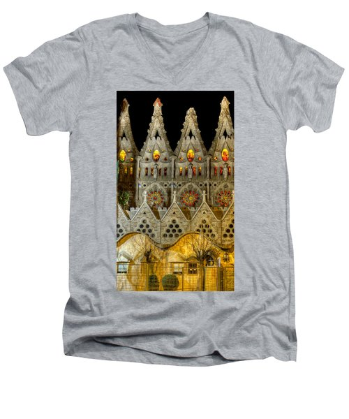 Three Tiers - Sagrada Familia At Night - Gaudi Men's V-Neck T-Shirt