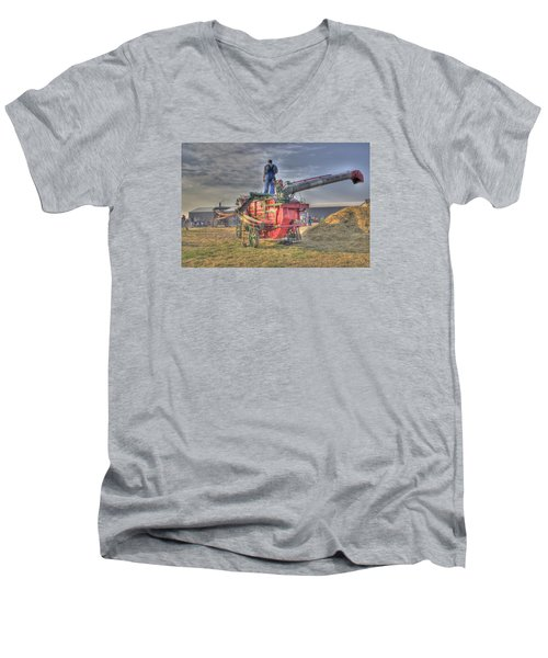 Threshing At Rollag Men's V-Neck T-Shirt