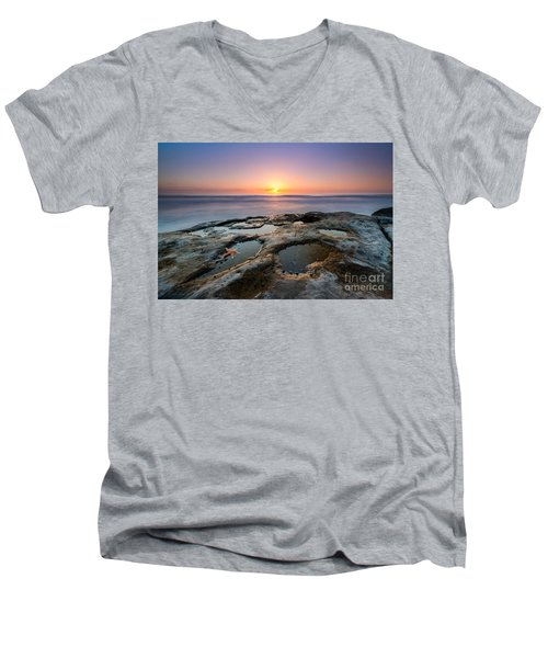Tide Pool Sunset Men's V-Neck T-Shirt