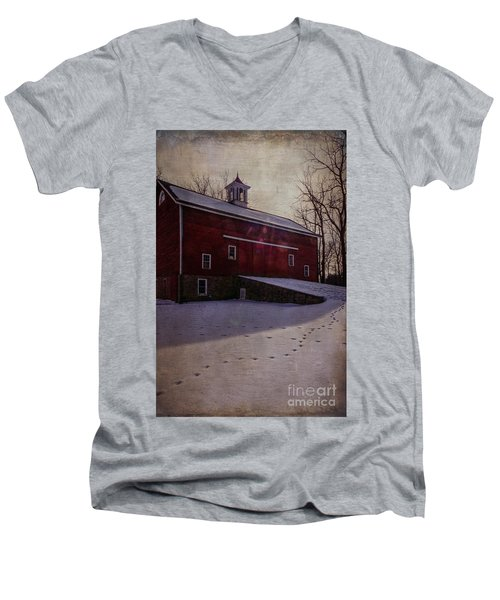 Men's V-Neck T-Shirt featuring the photograph Tinicum Barn In Winter by Debra Fedchin