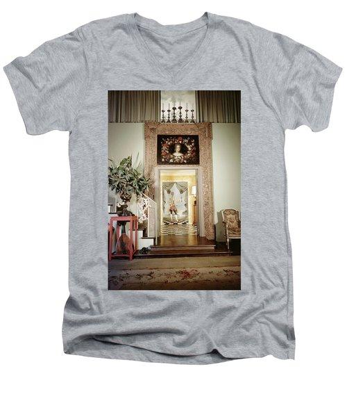 Tony Duquette's Entrance Hall Men's V-Neck T-Shirt