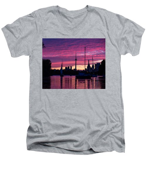Toronto Skyline - The Boats Are Coming In Men's V-Neck T-Shirt