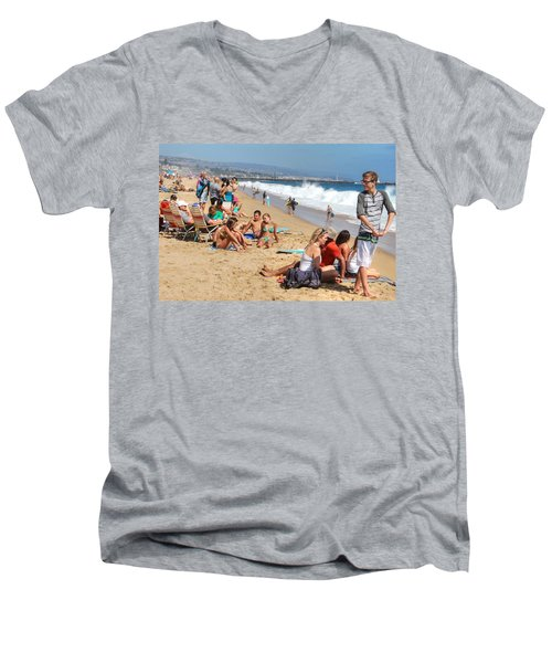 Tourist At Beach Men's V-Neck T-Shirt