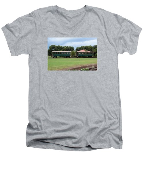 Men's V-Neck T-Shirt featuring the photograph Train Lovers by Suzanne Luft
