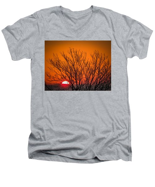Tree Silhouetted By Irish Sunrise Men's V-Neck T-Shirt