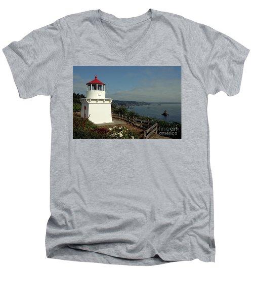 Trinidad Light Men's V-Neck T-Shirt