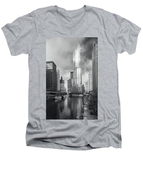 Men's V-Neck T-Shirt featuring the photograph Trump Tower In Chicago by Steven Sparks