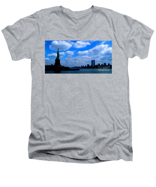 Twin Towers In Heaven's Sky - Remembering 9/11 Men's V-Neck T-Shirt