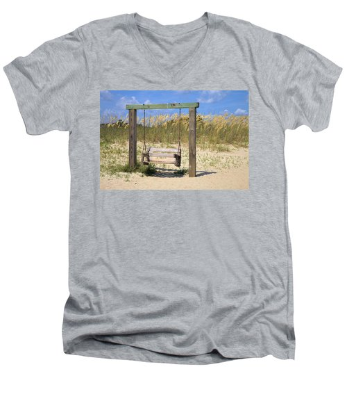 Tybee Island Swing Men's V-Neck T-Shirt