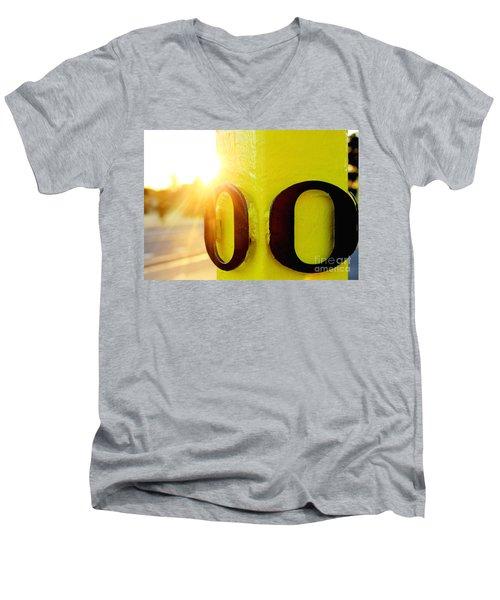 Uo 6 Men's V-Neck T-Shirt